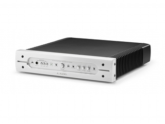Silver Finish Rack Mount Amplifier